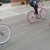 Des Roues de Bicyclettes qui laissent des Traces